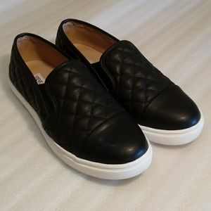 Steve Madden Zaander black shoes size7M